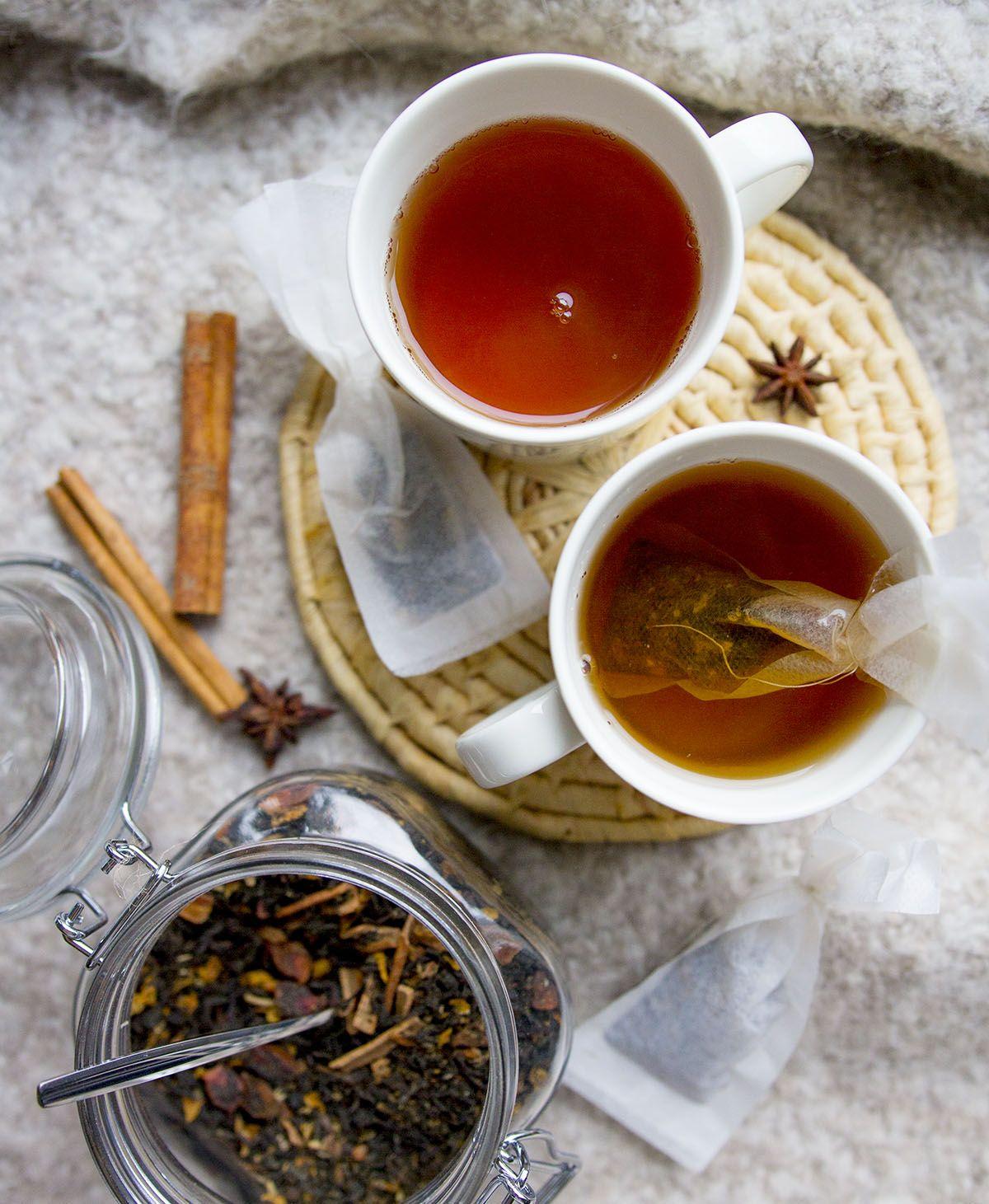 Mausteinen chai-joulutee http://feelgoodkitchen.fi