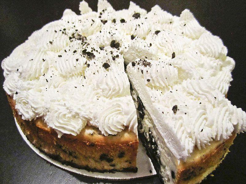 Edie's Kitchen | Cookies & Cream Cheesecake