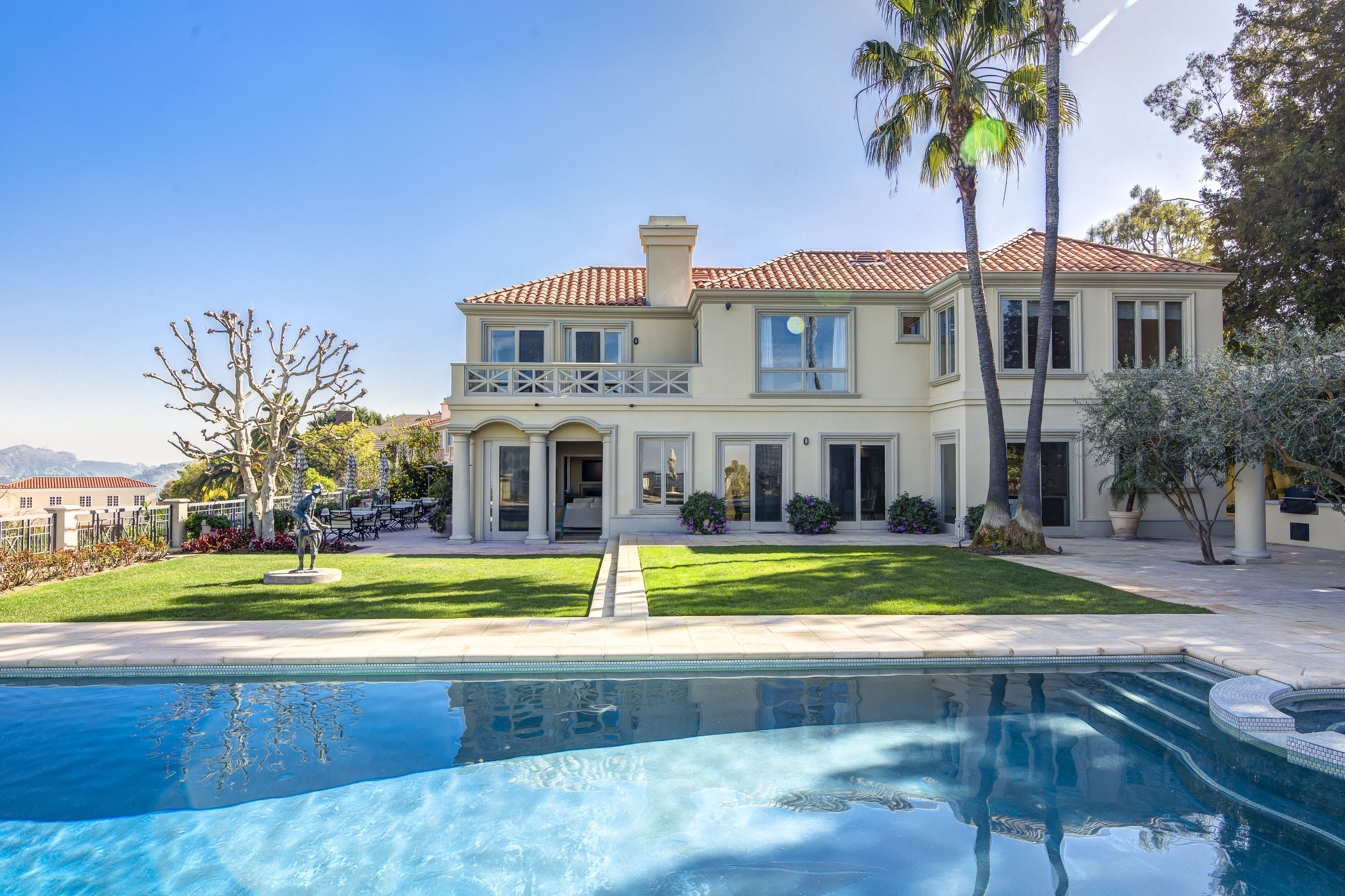 Los Angeles Mansion | Swimming Pool | Spa Pool | Hot Tub | Garden ...