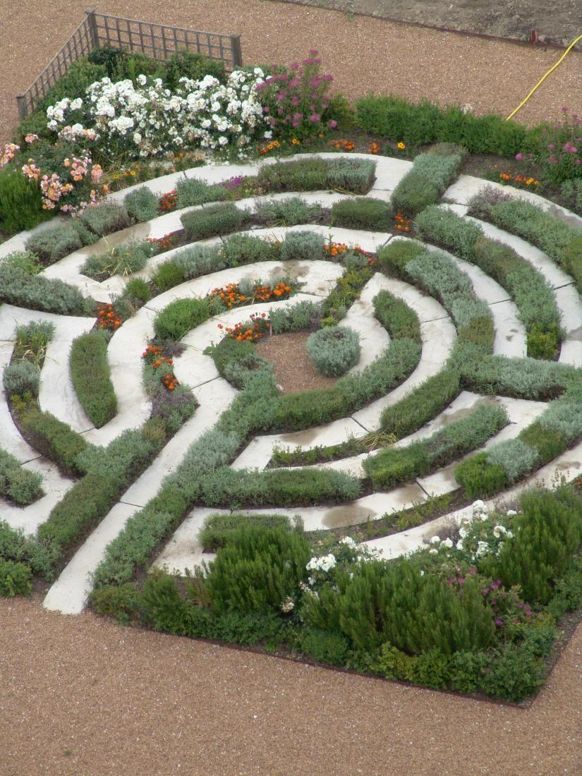 Jardin monastique de l'Abbaye de Lagre, Languedoc, France ... on spiral labyrinth garden, labyrinth herb garden, labyrinth garden kit, lavender labyrinth garden, labyrinth flower garden, labyrinth meditation garden, labyrinth garden designs, spiritual labyrinth garden,