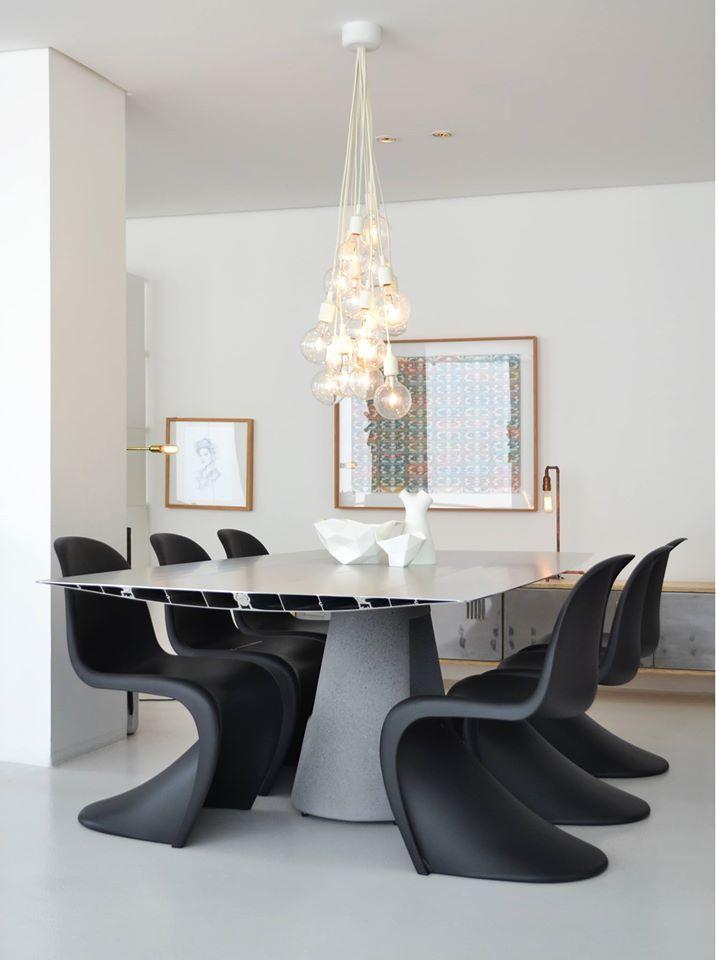 Una original mesa table b de konstantin grcic para for Sillas para vanity