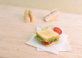 01:12 tomate sándwich por Nassae