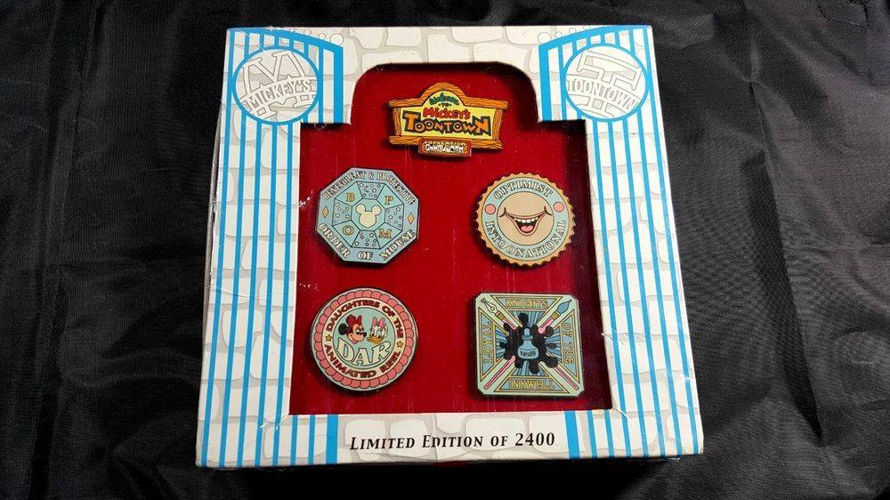 Disney Mickey's Toontown Limited Edition of 2,400, 5 Pin Set