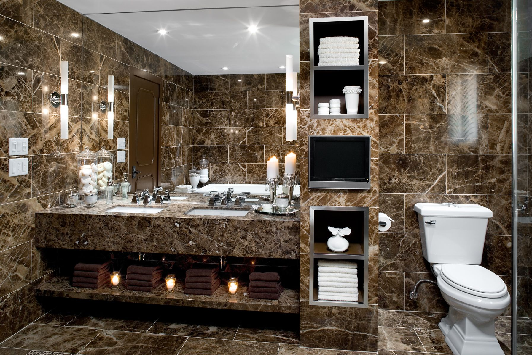Check In To A Hotel Inspired Bathroom Reno That S Guaranteed Provide Five Star Experience Say Colin Justin