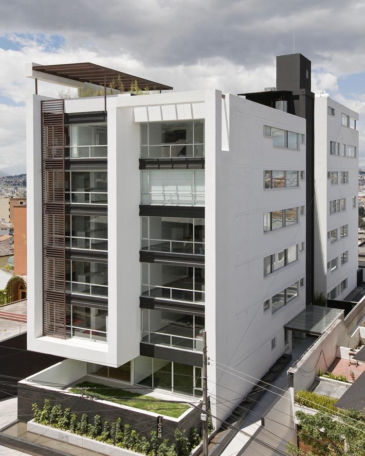 Mg arquitectura pinterest edificios for Fachadas edificios modernos