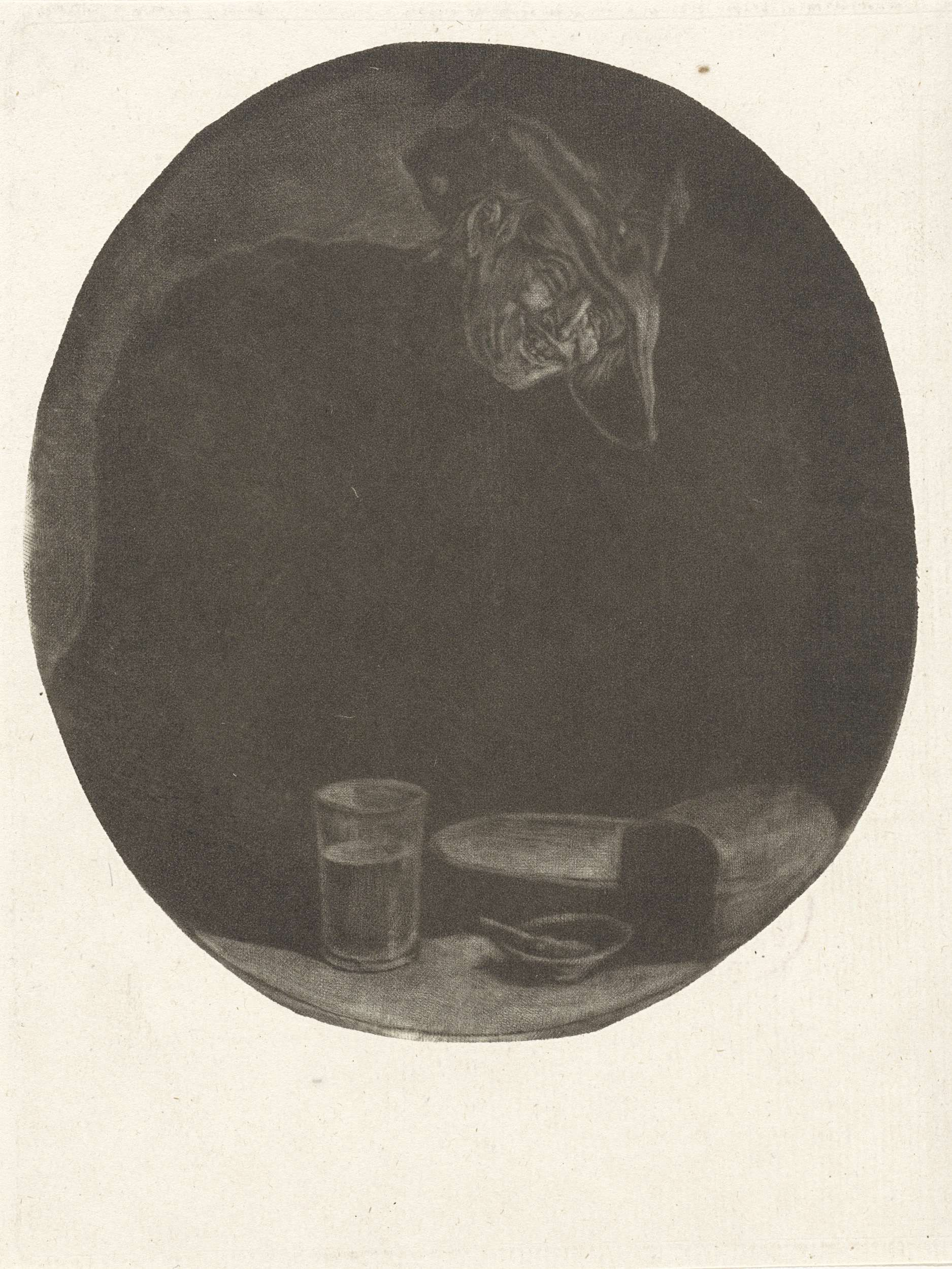 anoniem | Lachende boer, attributed to Jacob Gole, 1670 - 1724 | Een lachende boer bij een tafel waarop een glas, schotel en een kom.