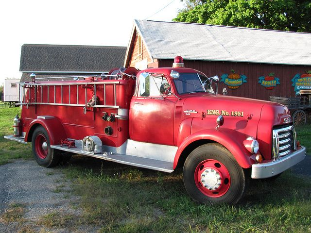 Vintage Gmc 640 Fire Engine Fire Trucks Fire Engine Rescue