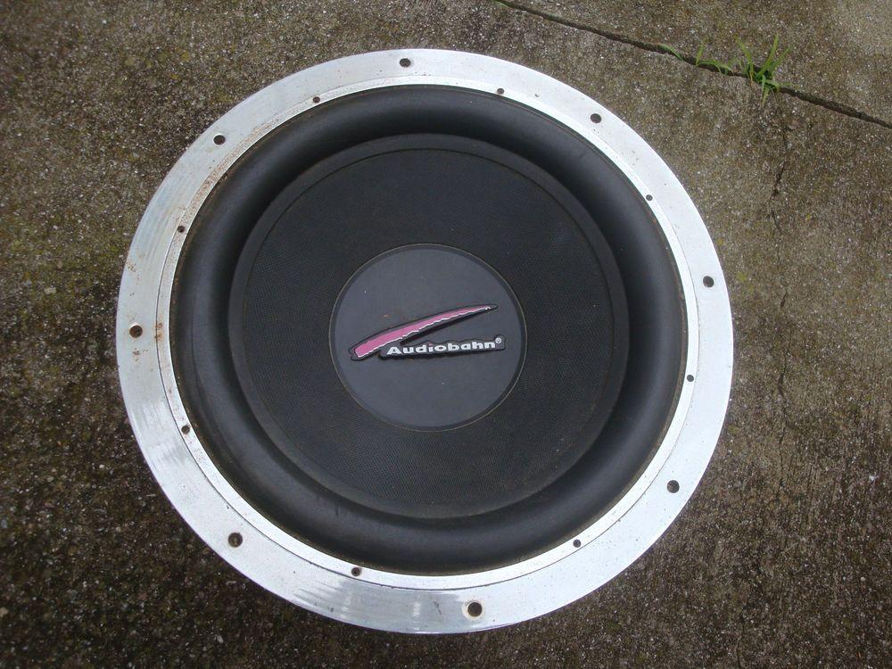 Audiobahn AW1805Q 18