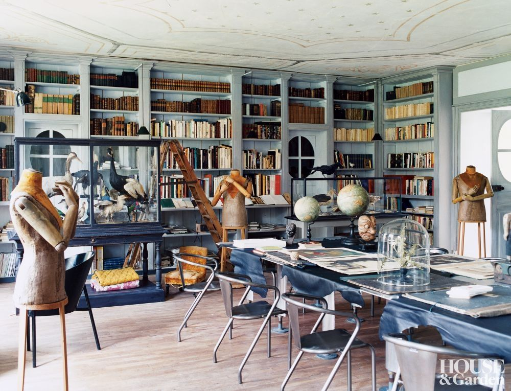 Traditional Office/Library in Rémalard, France