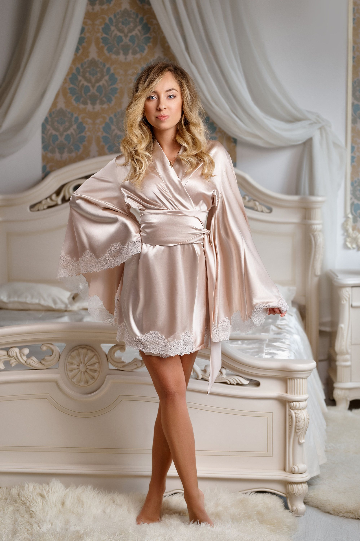 Short Robe Night Gown Kimono Robe Silk Wedding Robe Kimono 5df9e4f30