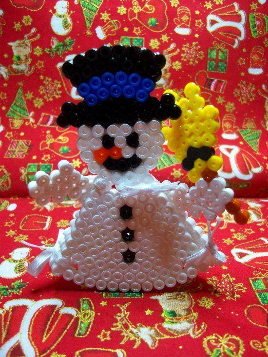 bonhomme de neige en 3 d en perles hama christmas. Black Bedroom Furniture Sets. Home Design Ideas