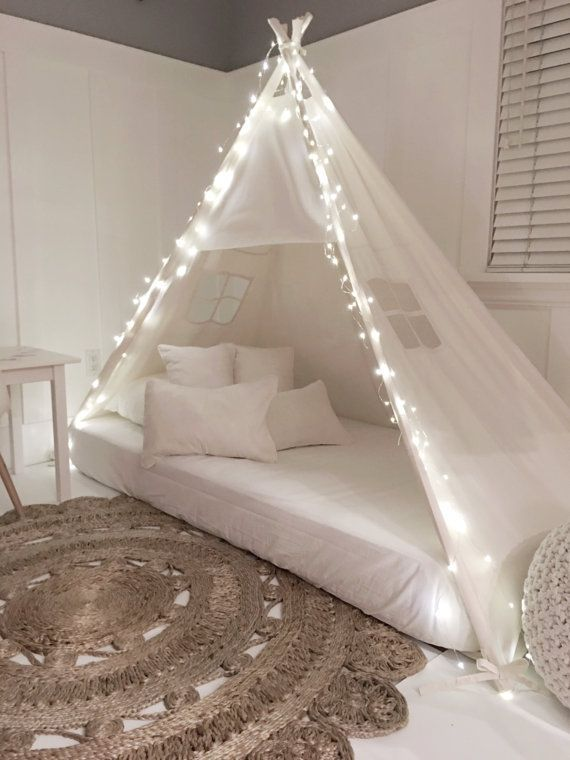 Photo of Play tienda cama con dosel en lona natural – gemelas