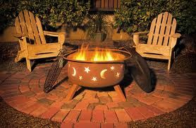 Firepit We Want To Use Crushed Limestone Instead Of Brick Pavers With Images Outdoor Fire Pit Garden Fire Pit Fire Pit Grill