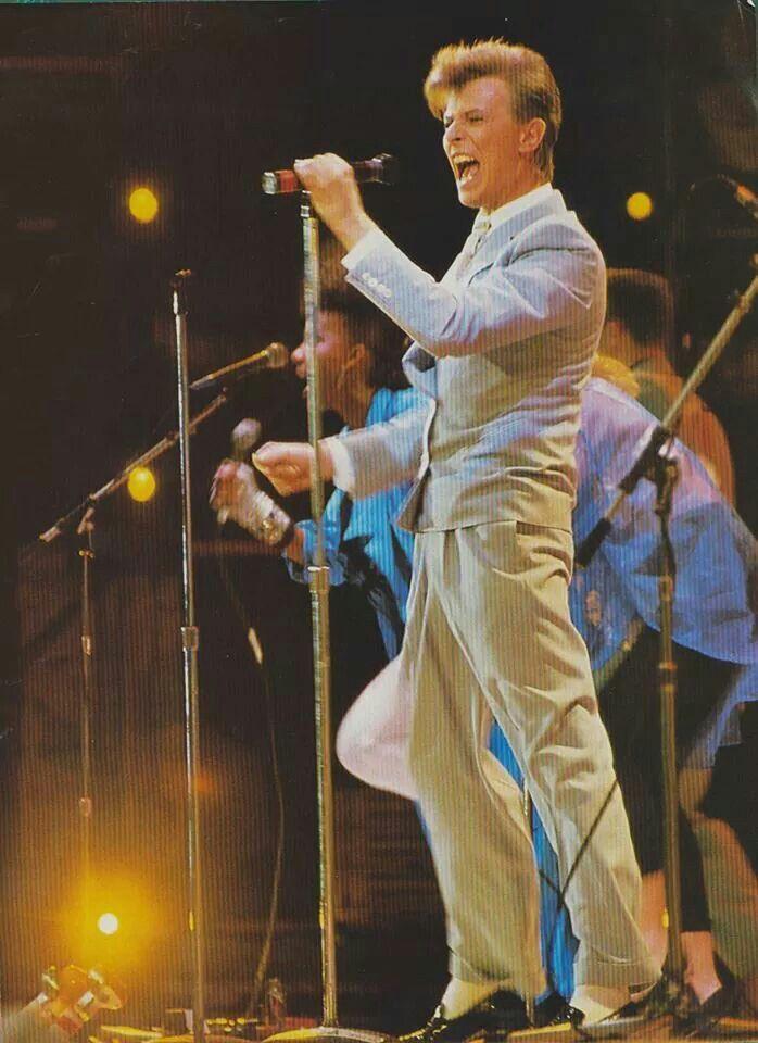 img511.jpg | VINTAGE MUSIC IMAGES BY DAVID PLASTIK |David Bowie 1985