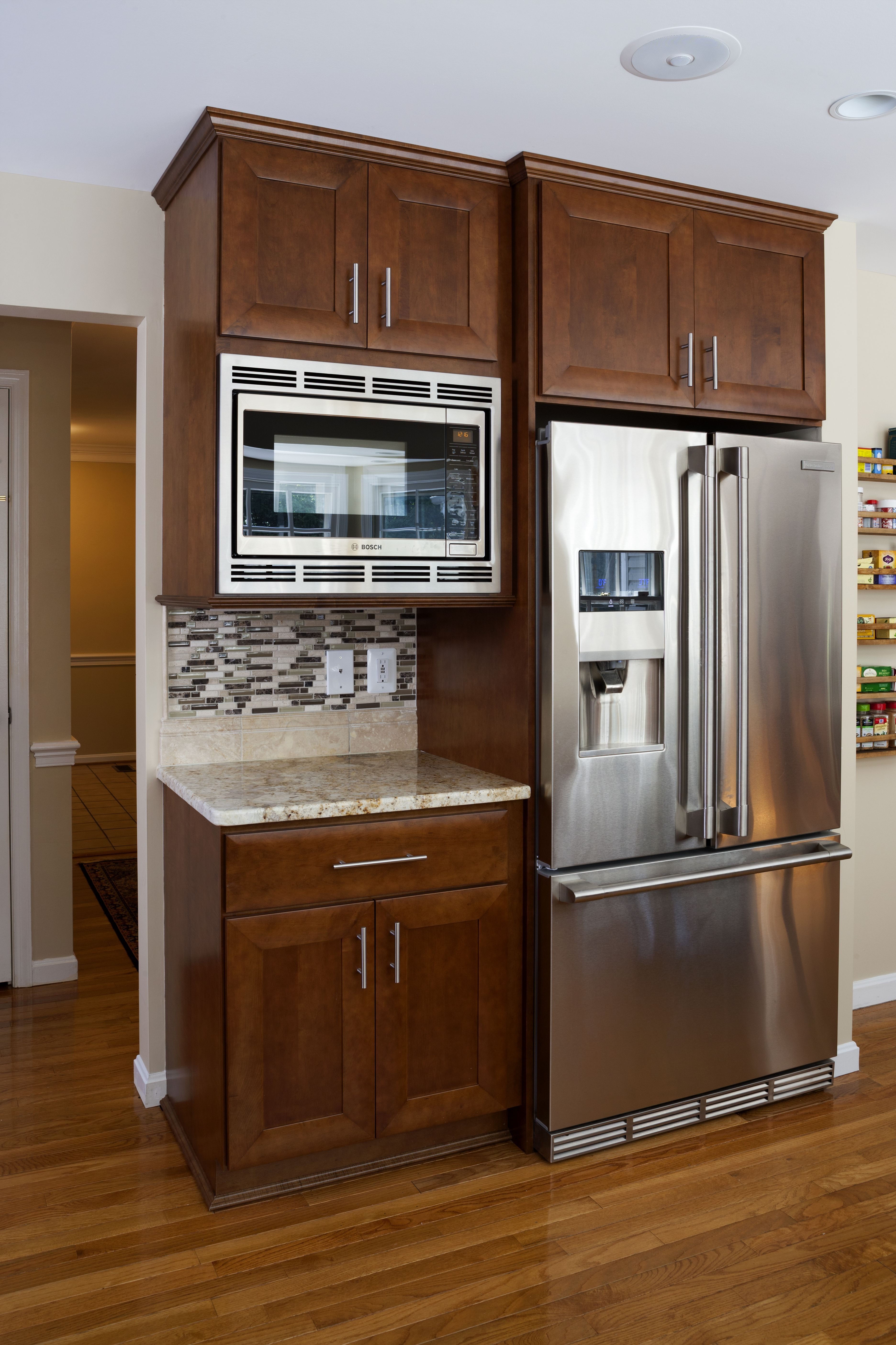 Fridge + Microwave cabinet beside the Butlers Pantry / entrance to ...