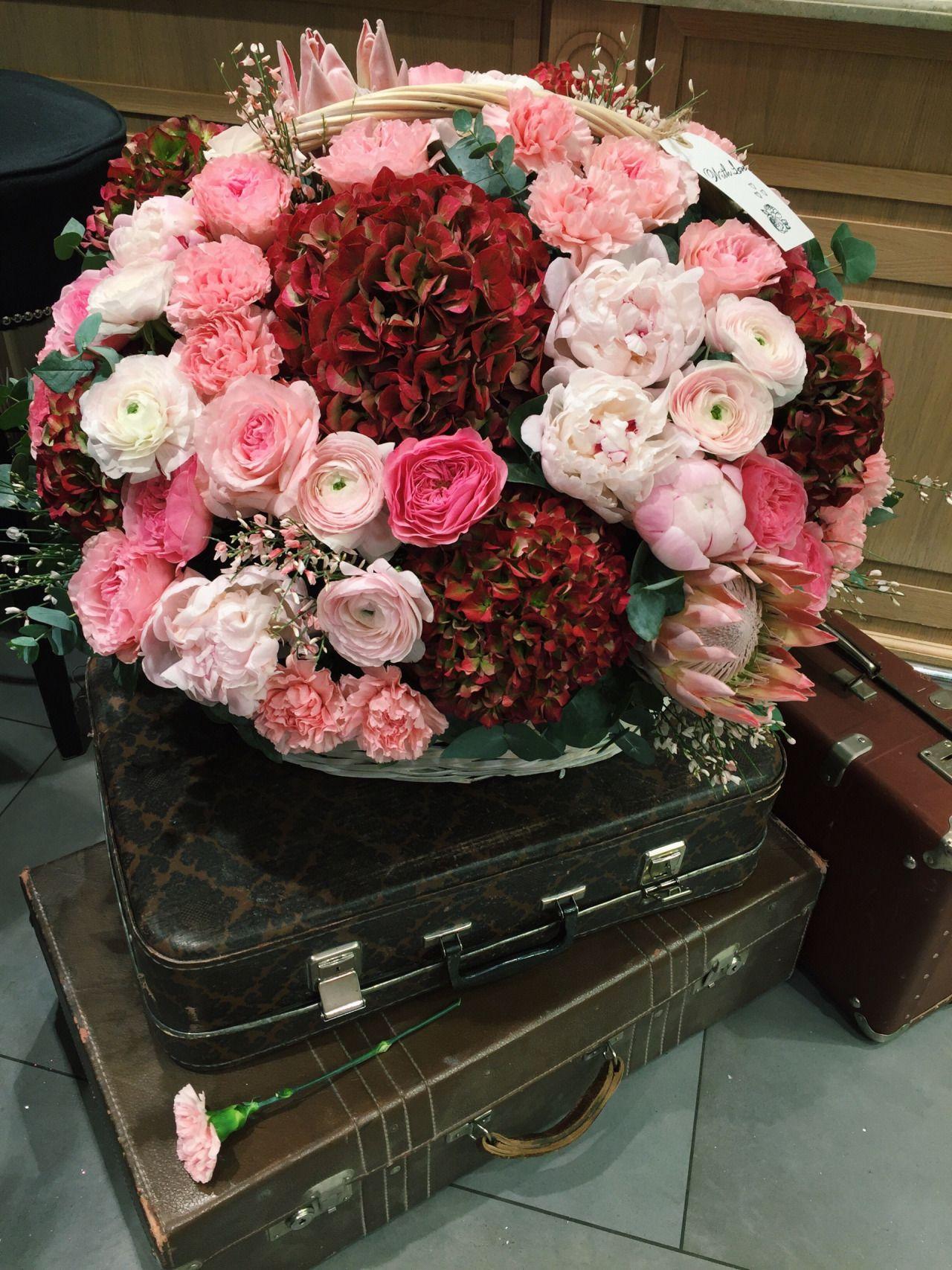 Flower basket beautiful flowers pinterest flower basket and flower basket izmirmasajfo