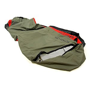 Alpkit Hunka bivy cover - Bivi bags are not the preserve of scummy alpinists or even those of a more tactical nature. There is now also an XL version available. We had two constraints; firstly minimize the amount of fabric to keep weight and price low, and secondly we should be able to fit a winter sleeping bag inside without squashing the down.