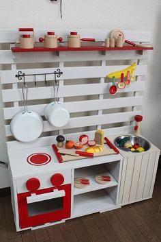 ダイソーのパイプカッターが使える 男前インテリアを簡単diy ままごとキッチン Diy インテリア 収納 ままごとキッチン 手作り