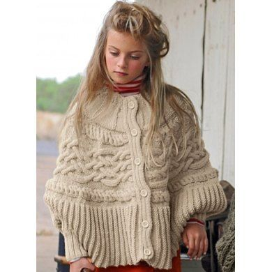 Cape in Bergere de France Sport. Discover more Patterns by Bergere de France at LoveKnitting. We stock patterns, yarn, needles and books from all of your favorite brands.