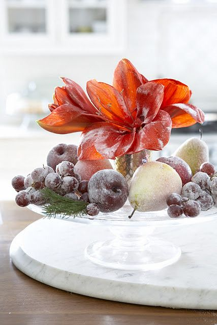Last Minute Tips for a Stylish 4th of July! | Fruit centerpieces ...