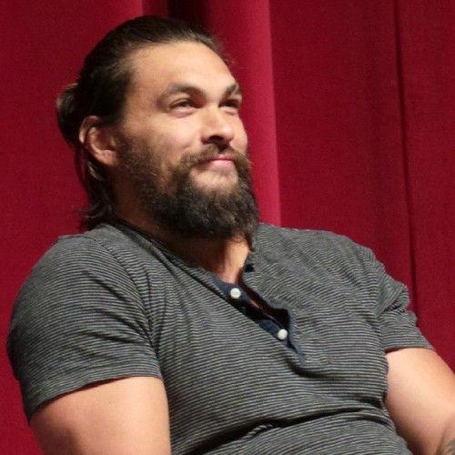 Jason Momoa Samoan: Jason Momoa With A Man Bun...too Much :-)