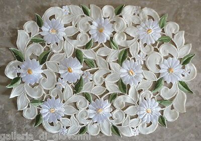 "Field of Daisies Lace Placemat Doily Daisy 17"" Runner Flower White Floral 