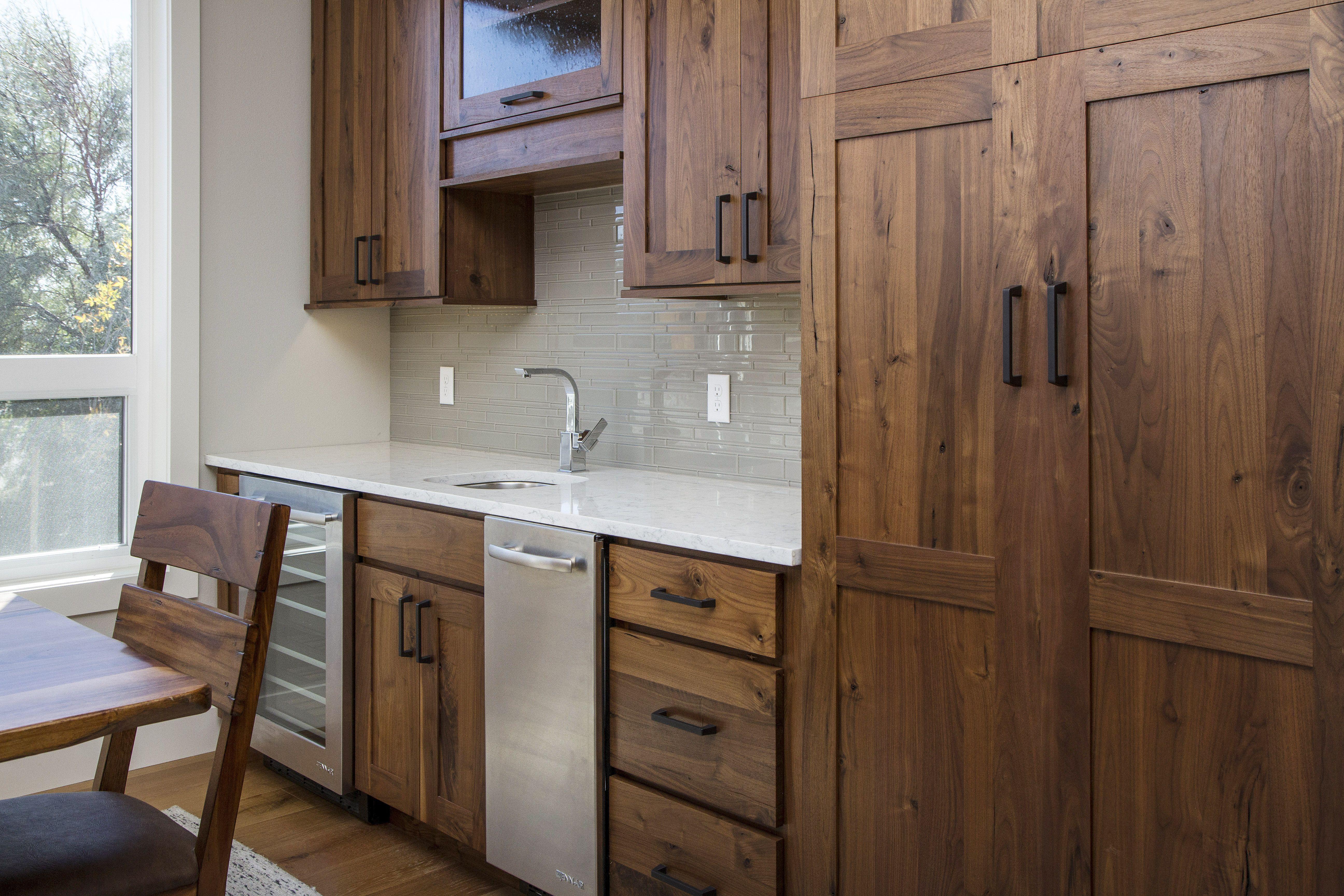 Bigcreek Knotty Walnut Natural Timeless Kitchen Walnut Kitchen Traditional Kitchen