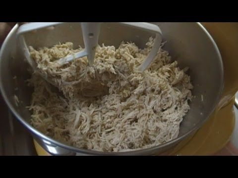 I will never shred chicken for 1/2 an hour with 2 forks ever again! ▶ How to Make Shredded Chicken The Easy Way! Noreen's Kitchen - YouTube