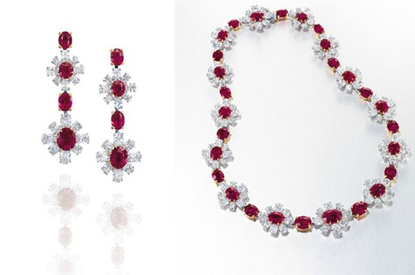 Fai Dee Earrings and Necklace, Photo Courtesy of Christie's