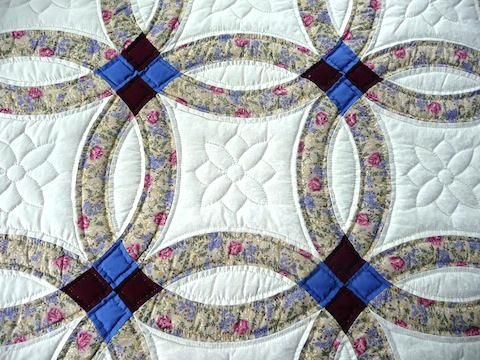 Amish Handmade Quilt Double Wedding Ring Pattern Tan Double