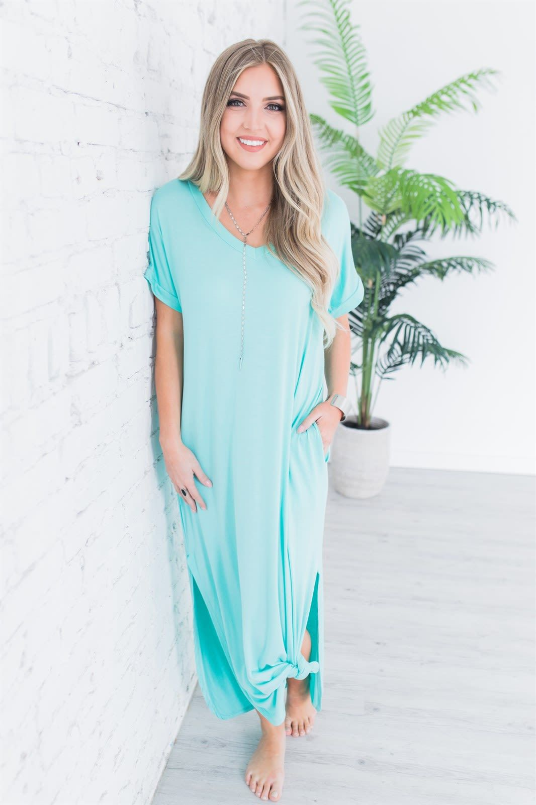 Short Sleeve Maxi W Pockets Maxi Knit Dress Maxi Shirt Dress Dresses [ 1600 x 1066 Pixel ]