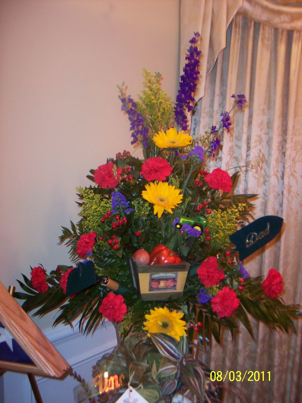 Vase arrangement for a farmers funeral sympathy flowers vase arrangement for a farmers funeral vase arrangements sympathy flowers funeral flowers farmers izmirmasajfo