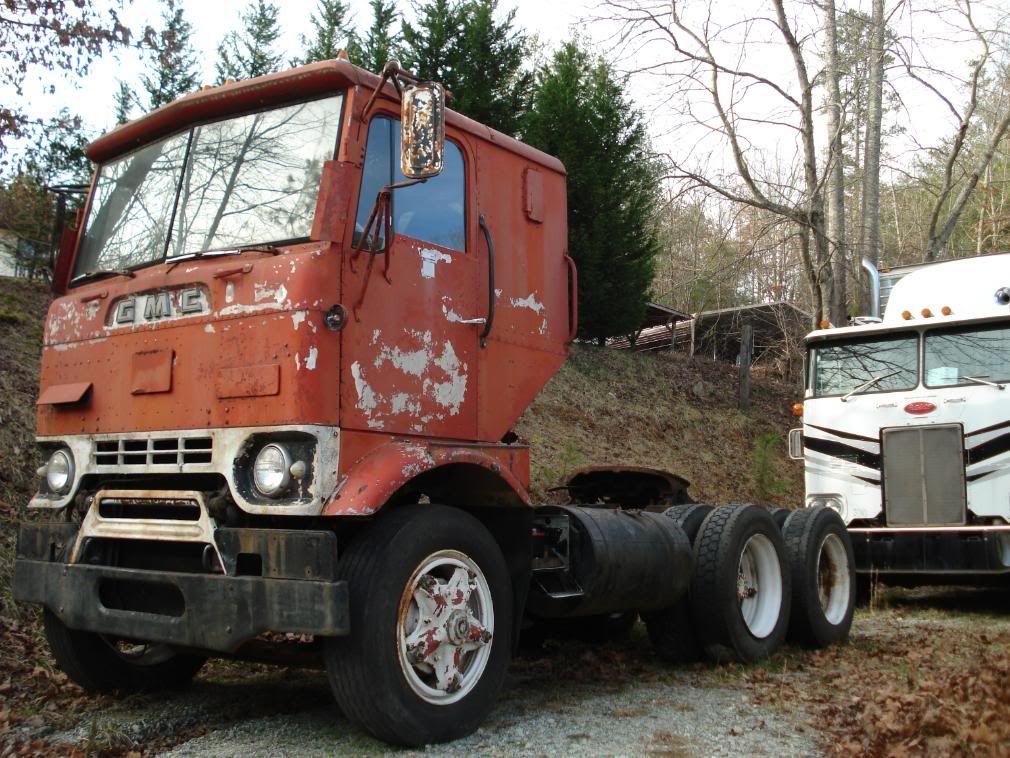 Antique Gmc Tractors : Gmc cracker box bigtrucks pinterest old tractors