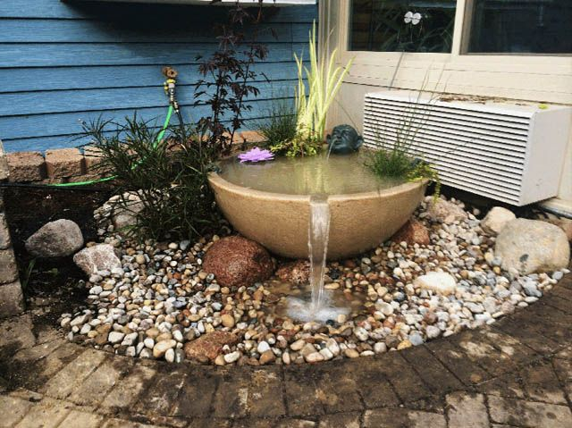 12 wonderful corner landscaping ideas lighthouseshoppe for Backyard corner ideas