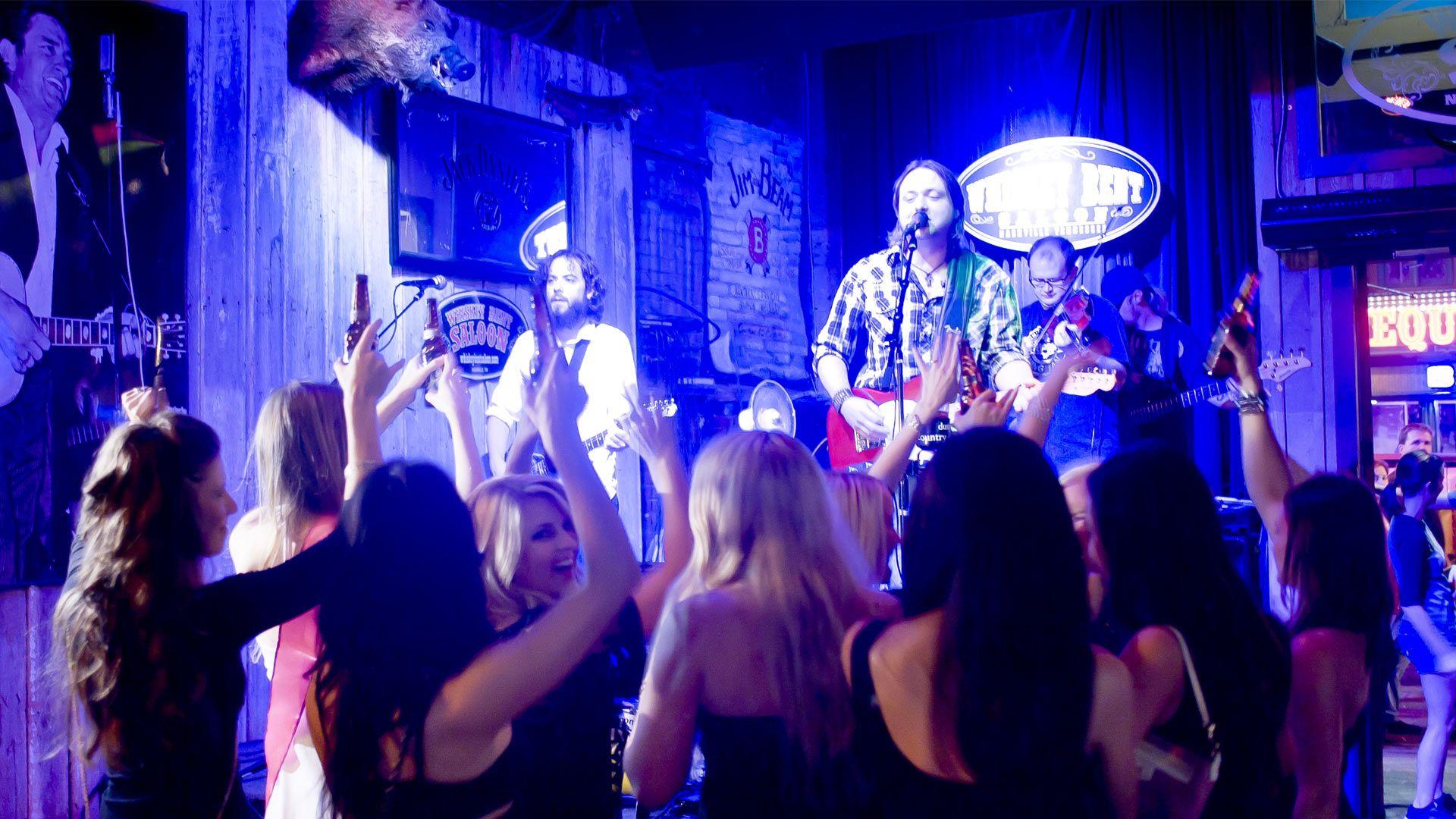 Bachelorette Nashville - Bachelorette Parties in Nashville! Party Bus and Limos available