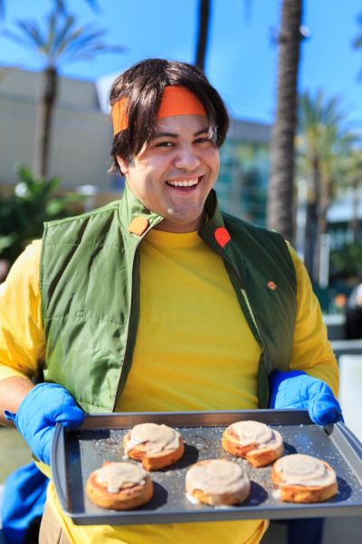 Kris0ten Voltron Panel Highlight A Hunk Cosplayer That Majored In