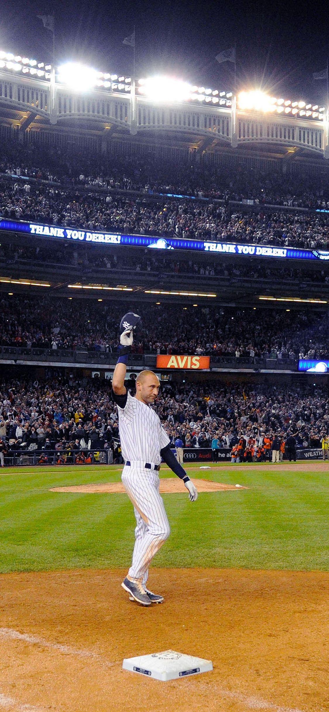 Derek Jeter Walk Off Single Iphone X Wallpaper Derek Jeter Derek Jeter Wallpaper New York Yankees