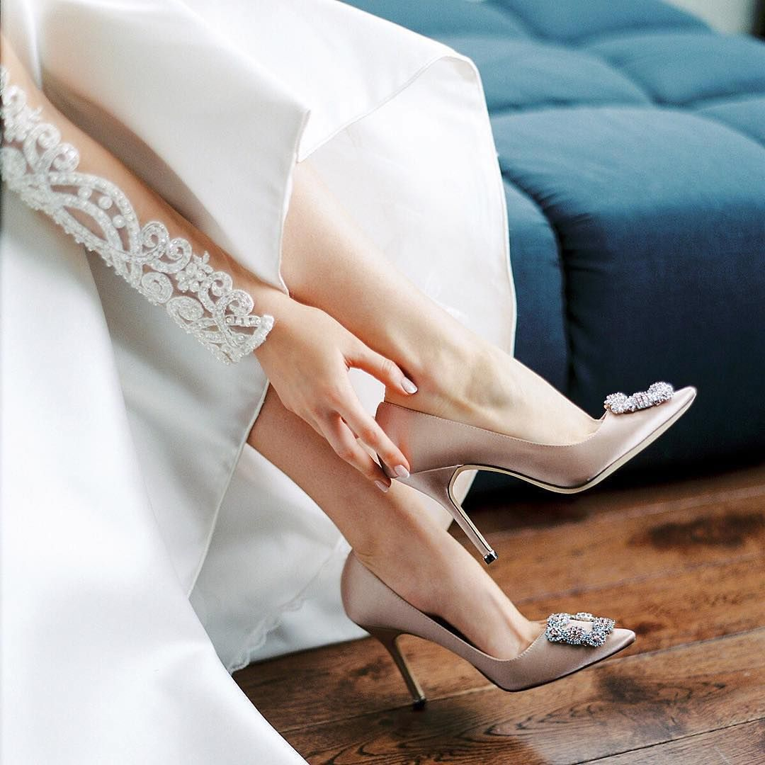These Classic Wedding Pumps By Manoloblahnikhq Are Elegance Personified Marriedinmanolos Manolo Blahnik Wedding Shoes Manolo Blahnik Wedding Manolo Blahnik