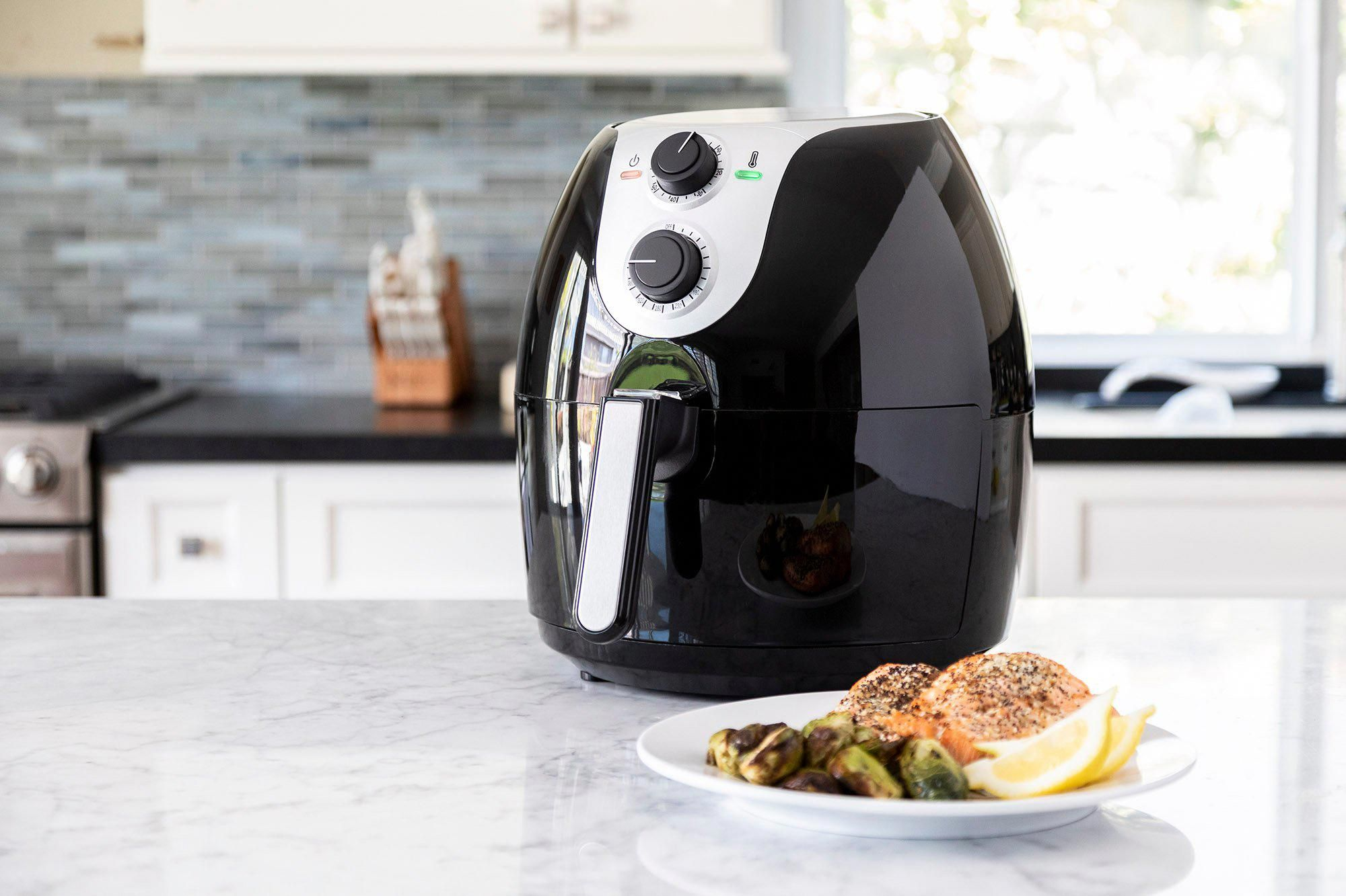 Magic Chef 5.6 Quart Black Manual Air Fryer in 2020 (With