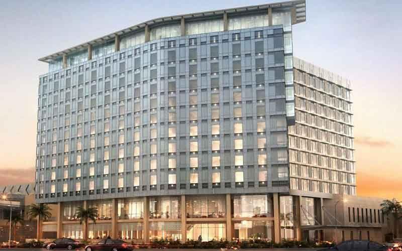 حياة ريجينسي تحت الأنشاء شارع السلام Building Architecture Residential