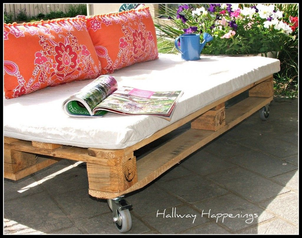 pallet furniture designs. Fantastic Pallet Furniture Designs: Designs With White Wooden Sofa Wheels W