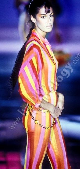 Yasmeen Ghauri - Versace 1993