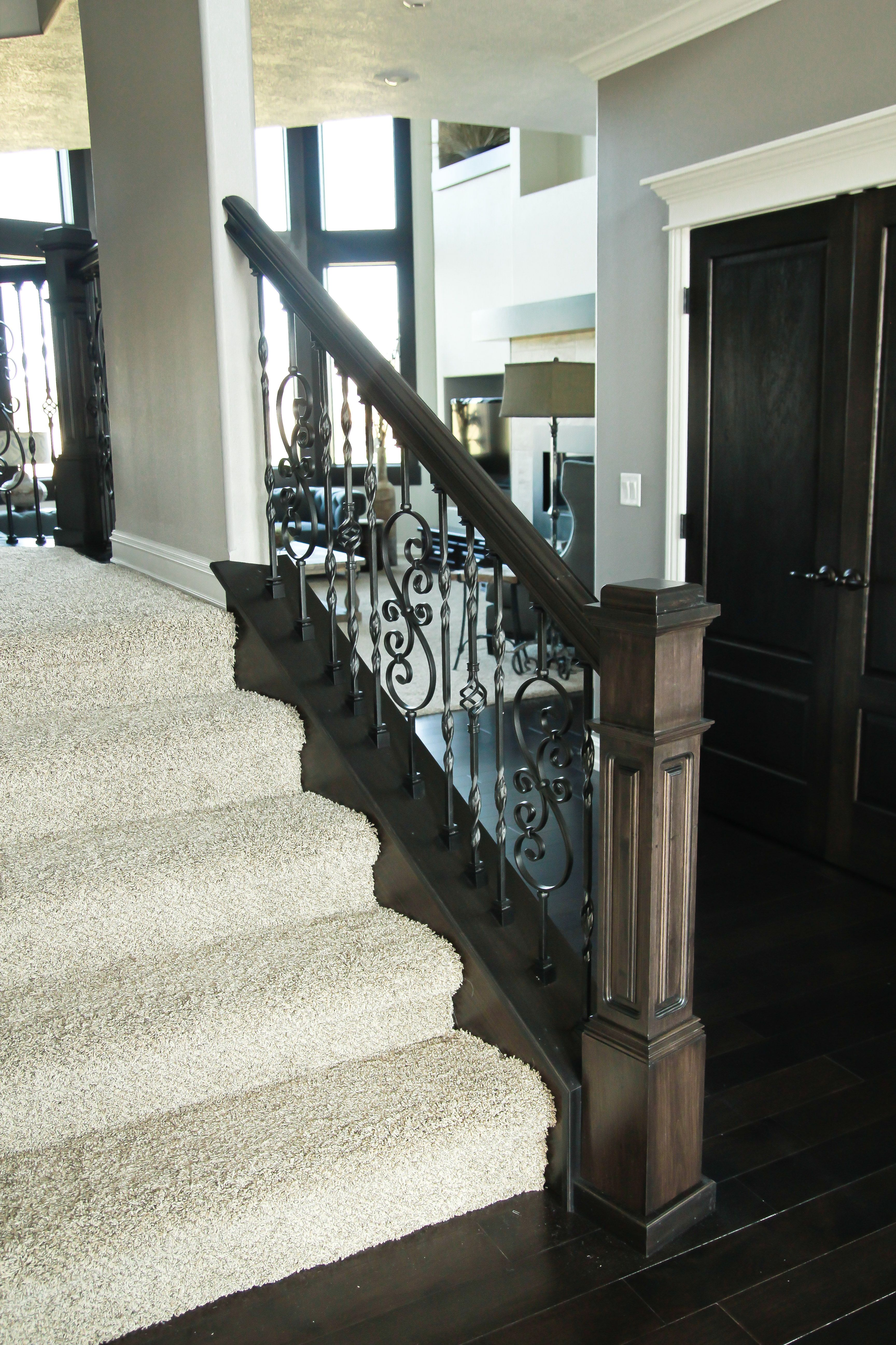 Best Wood And Metal Railing With Carpeted Stairs Stairs 400 x 300