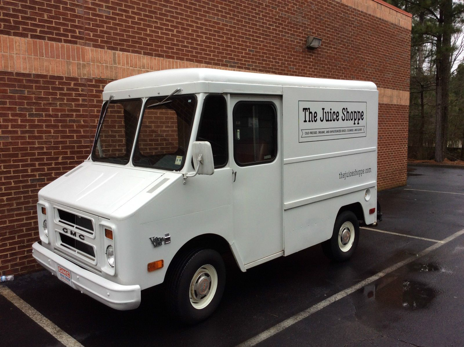 Gmc P10 Step Van Food Truck Step Van Van Cool Vans