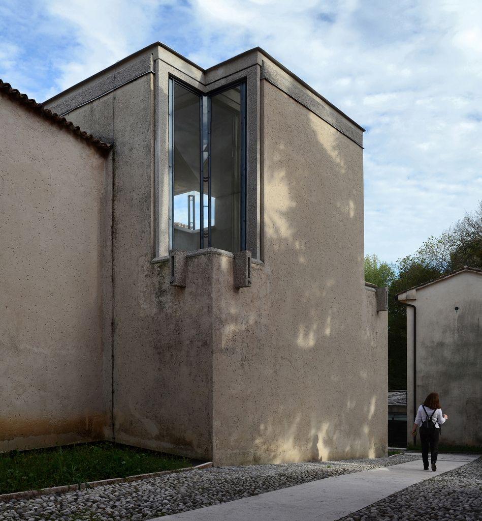 Carlo scarpa architect gipsoteca del canova extension - Carlo scarpa architecture and design ...