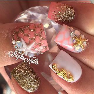 _stephsnails_ (Stephanie Loesch) on Instagram