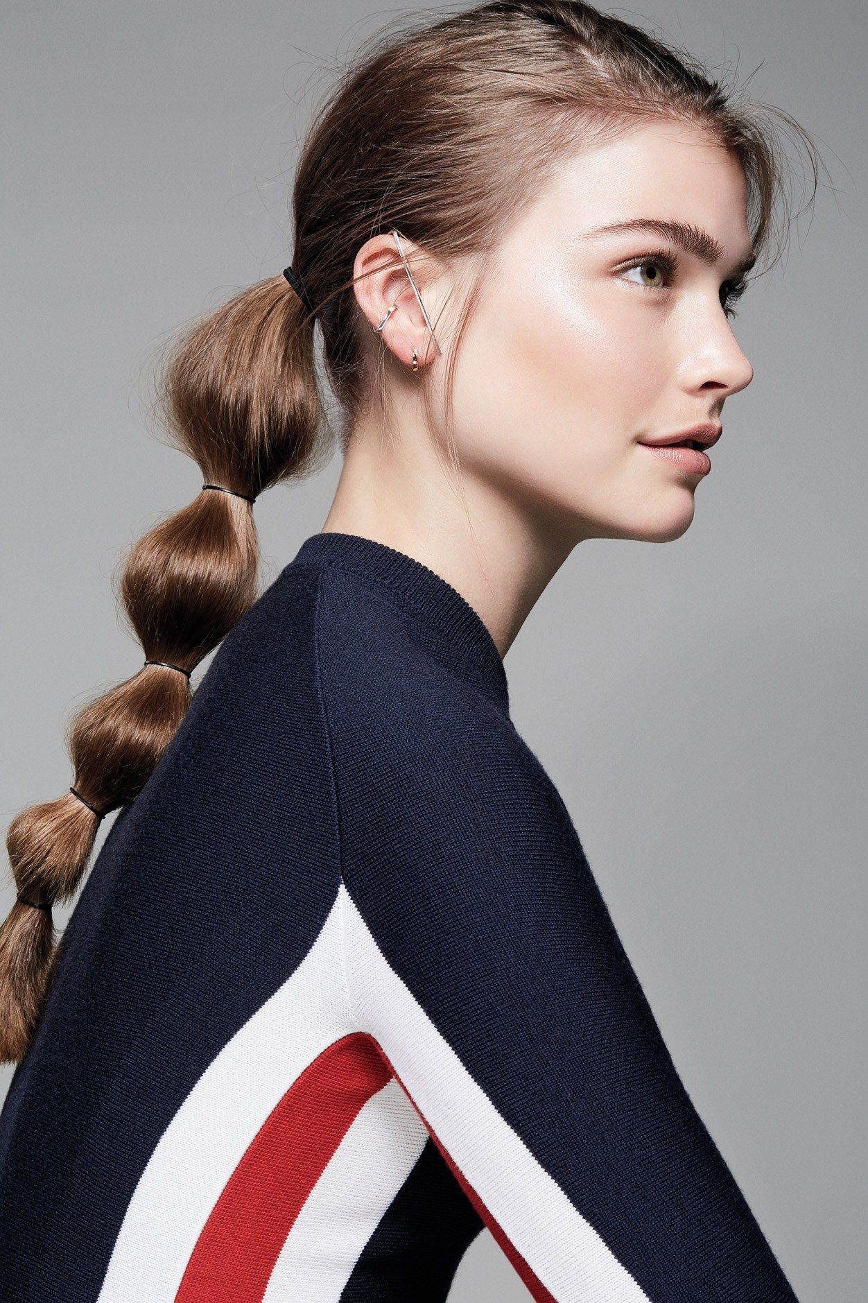 This easy tiered ponytail will instantly upgrade your gym style