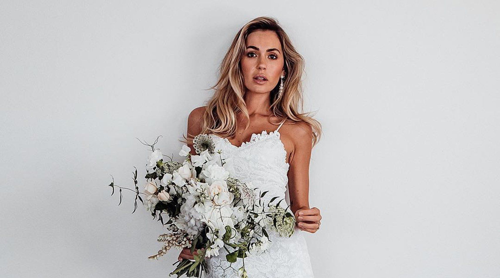 Heiße Braut Mit Geilen Titten