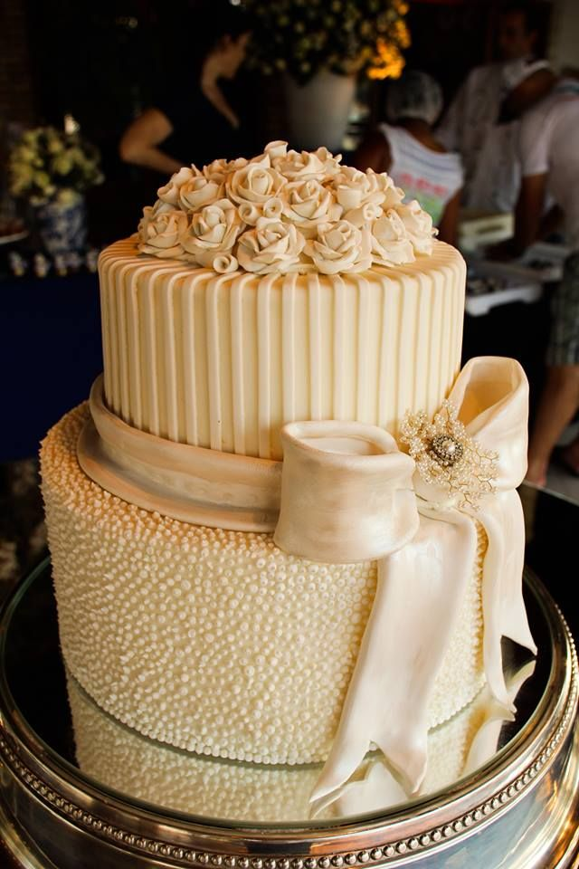 Gorgeous Ivory Wedding Cake! 2 Layers with flowers + bow~ Textured and Elegant