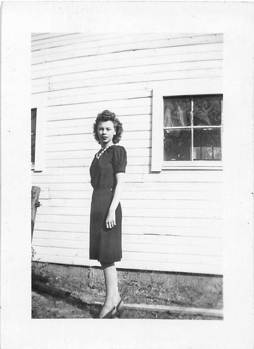 Black and white vintage snapshot photograph sexy woman dress side 1940s ebay